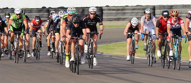Cycling Manfeild 6Hr 8May2016 #109
